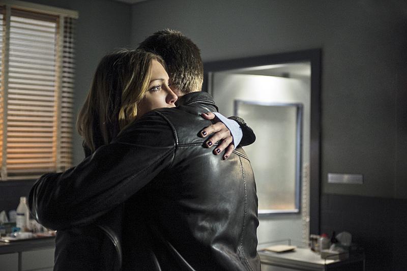 Arrow: Katie Cassidy in una scena della puntata Guilty