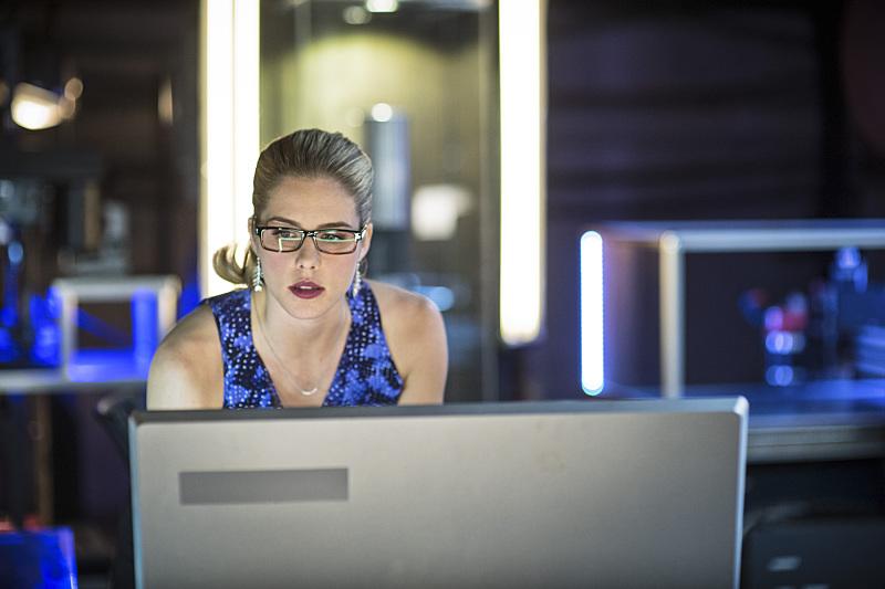 Arrow: l'attrice Emily Bett Rickards interpreta Felicity in una scena di Guilty