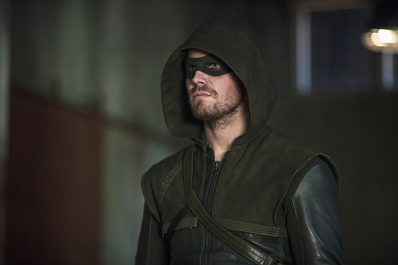 Arrow: il protagonista Stephen Amell nell'episodio Guilty