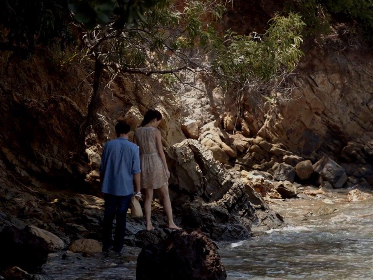 As You Were: Eshley Gao insieme a Josh Lai in un'immagine del film