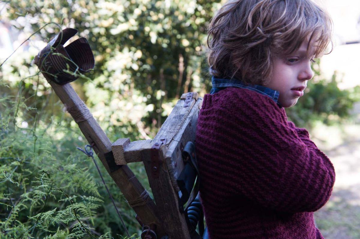 The Babadook: Noah Wiseman in un'immagine del film nei panni del piccolo Samuel