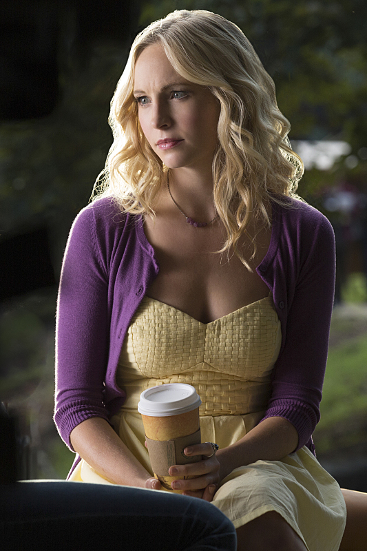 The Vampire Diaries: l'attrice Candice Accola interpreta Caroline in Do You Remember the First Time?