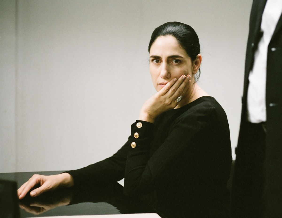 Ronit Elkabetz in una scena del film 'Viviane'
