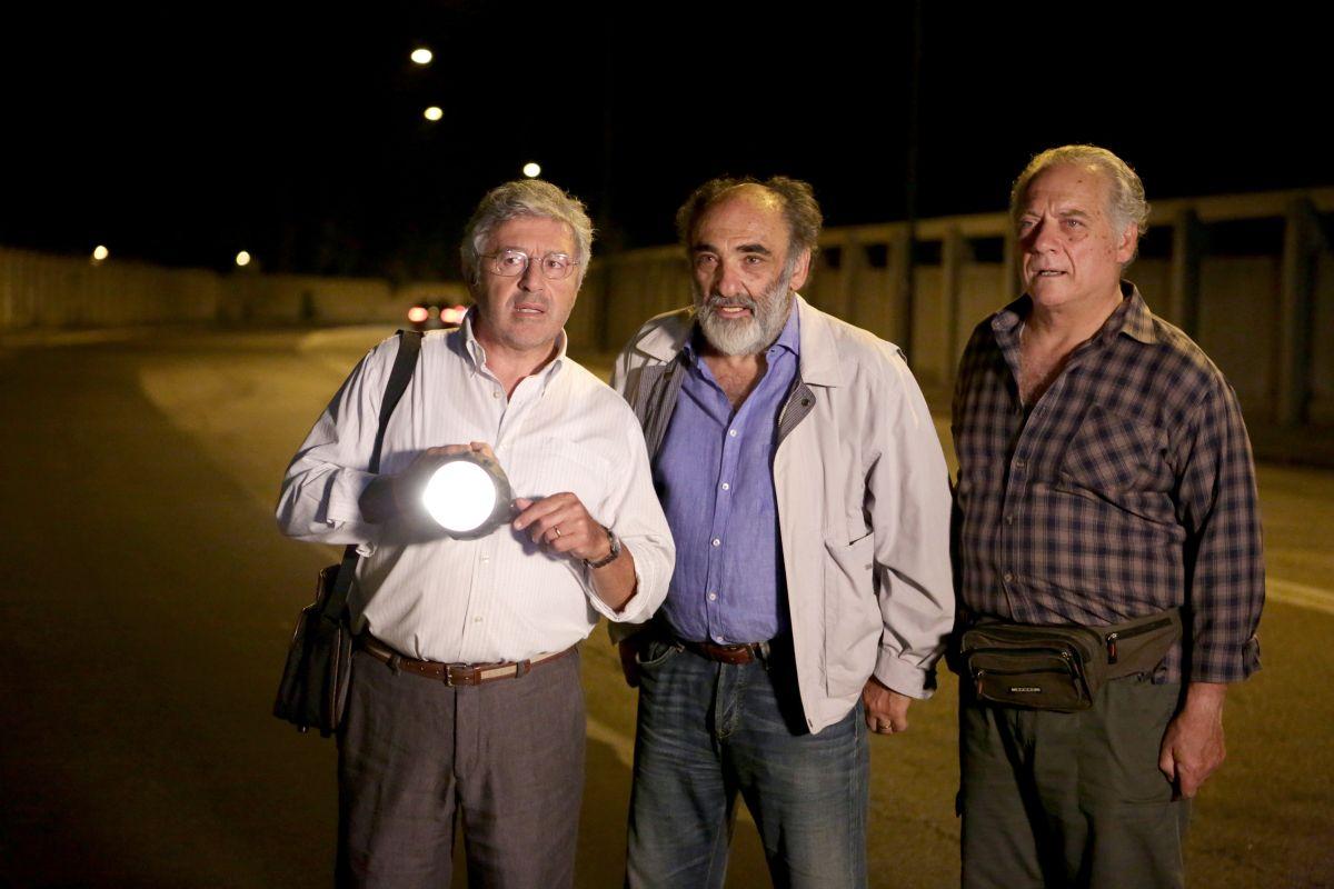 Mirafiori Lunapark: Alessandro Haber in una scena del film con Antonio Catania e Giorgio Colangeli