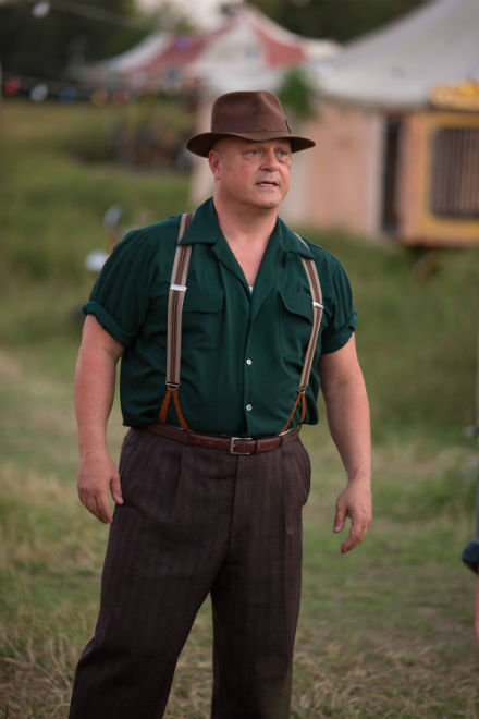 American Horror Story Freak Show: l'attore Michael Chiklis in Test of Strength