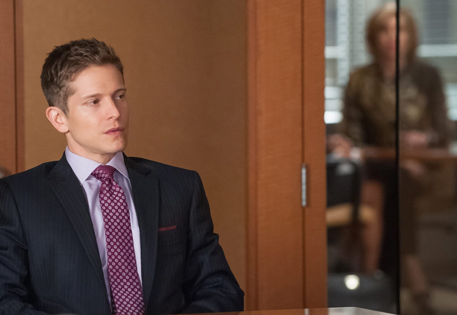The Good Wife: gli attori Matt Czuchry e Christine Baranski nella puntata intitolata The Trial