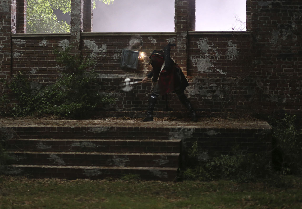 Sleepy Hollow: una scena dell'episodio intitolato Magnum Opus