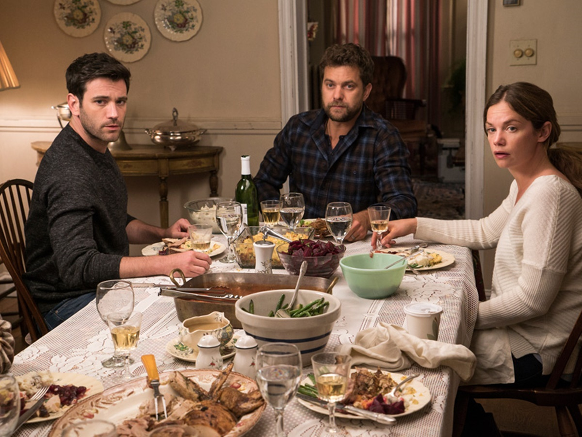 The Affair: Colin Donnell, Joshua Jackson e Ruth Wilson in una scena dell'ottava puntata