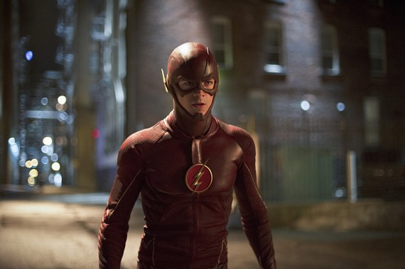 The Flash: Grant Gustin interpreta Barry Allen nella puntata intitolata Flash vs. Arrow