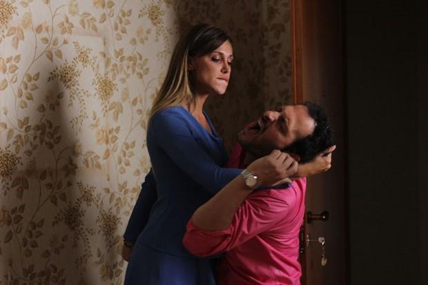 Non c'è 2 senza te: Belén Rodriguez e Fabio Troiano in una scena del film