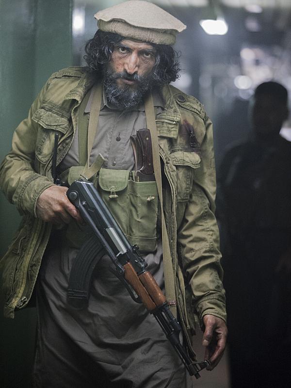 Homeland: Numan Acar nella puntata intitolata 13 Hours in Islamabad