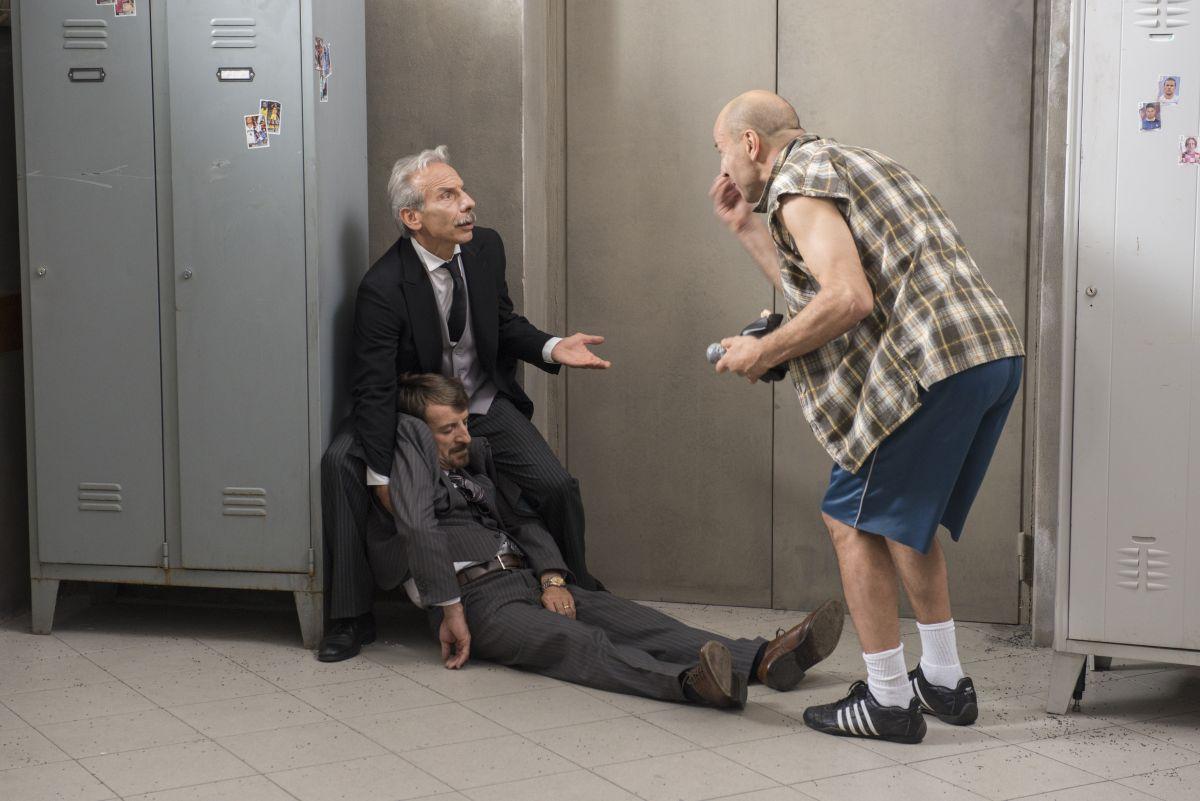 Il ricco, il povero e il maggiordomo: Aldo, Giovanni e Giacomo in un'immagine della commedia