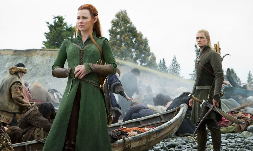 Lo Hobbit: La Battaglia delle Cinque Armate, Evangeline Lilly con Orlando Bloom in una scena del film