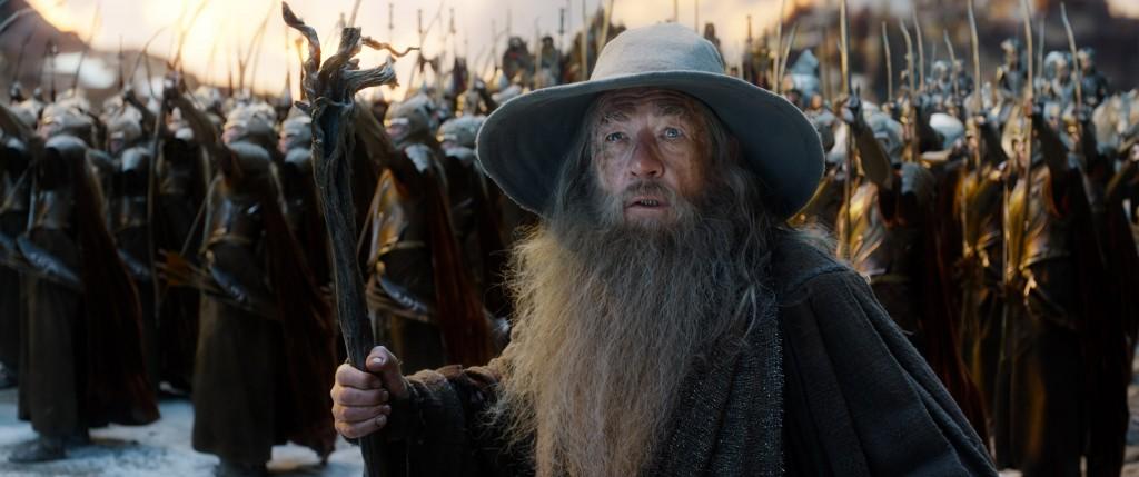 Ian McKellen in un momento de Lo Hobbit: La Battaglia delle Cinque Armate