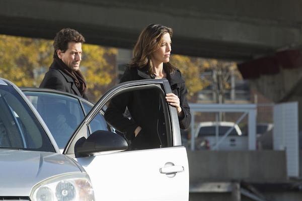 Forever: i protagonisti Ioan Gruffudd e Alana De La Garza in Skinny Dipper