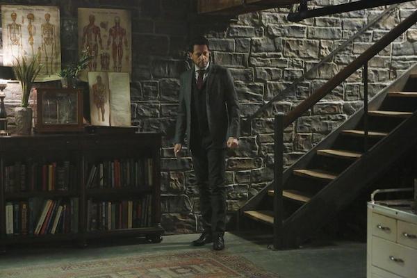 Forever: il protagonista Ioan Gruffudd nell'episodio intitolato Skinny Dipper