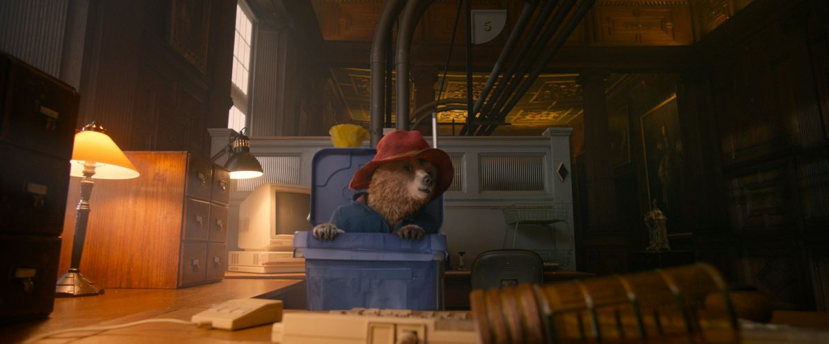 Paddington: il simpatico orsetto in una scena del film animato