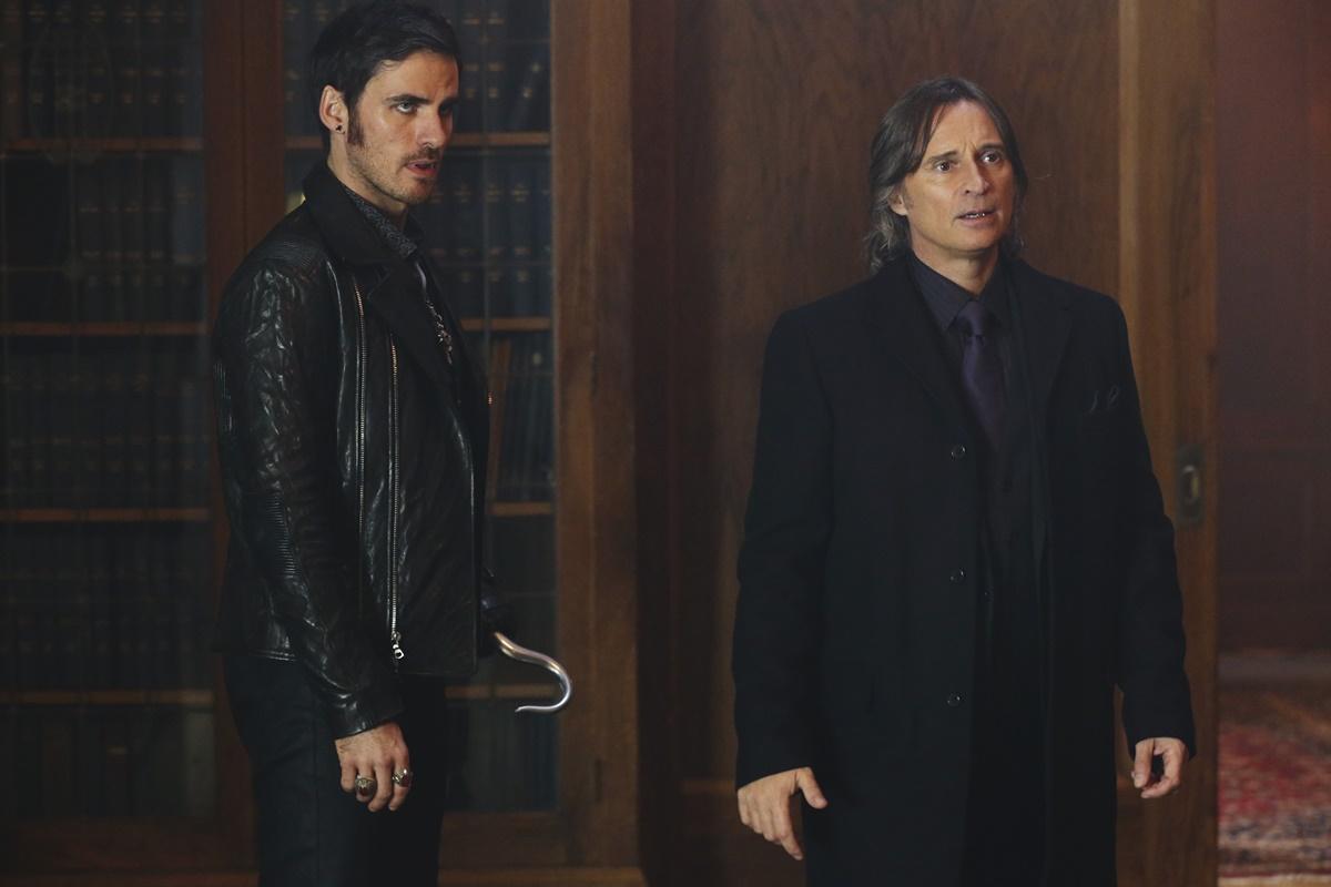 C'era una volta: gli attori Colin O'Donoghue e Robert Carlyle in una scena dell'episodio Heroes and Villains