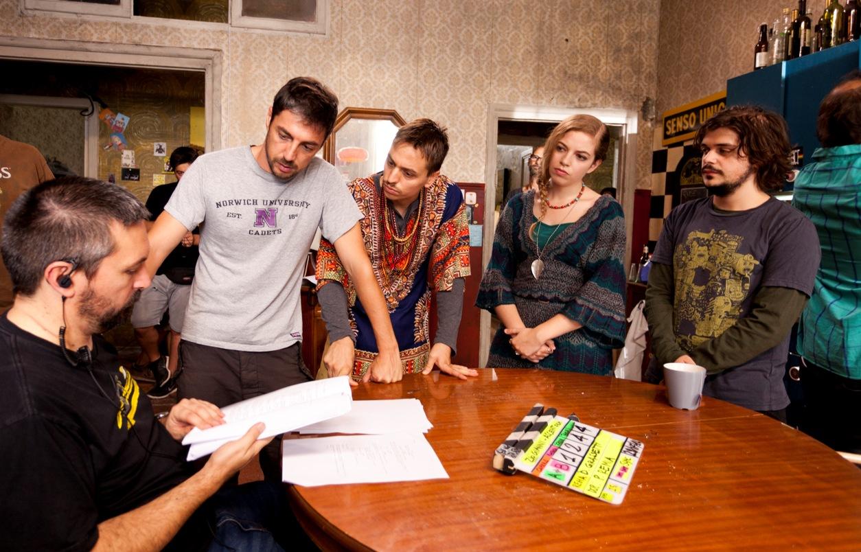 Zio Gianni: il cast e la troupe in una foto sul set