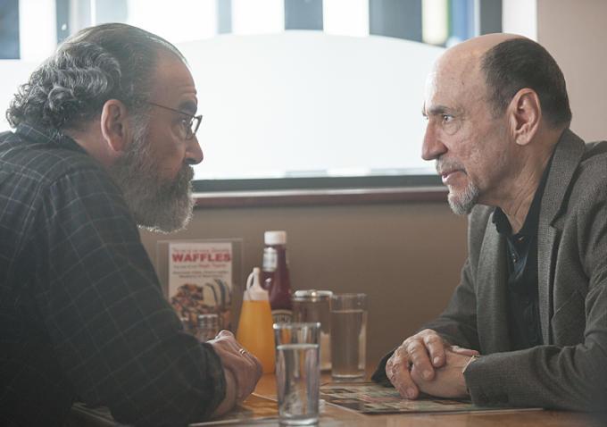 Homeland: gli attori Mandy Patinkin e F. Murray Abraham in Long Time Coming