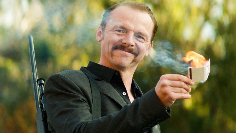 Kill Me Three Times: Simon Pegg dà fuoco ai cerini