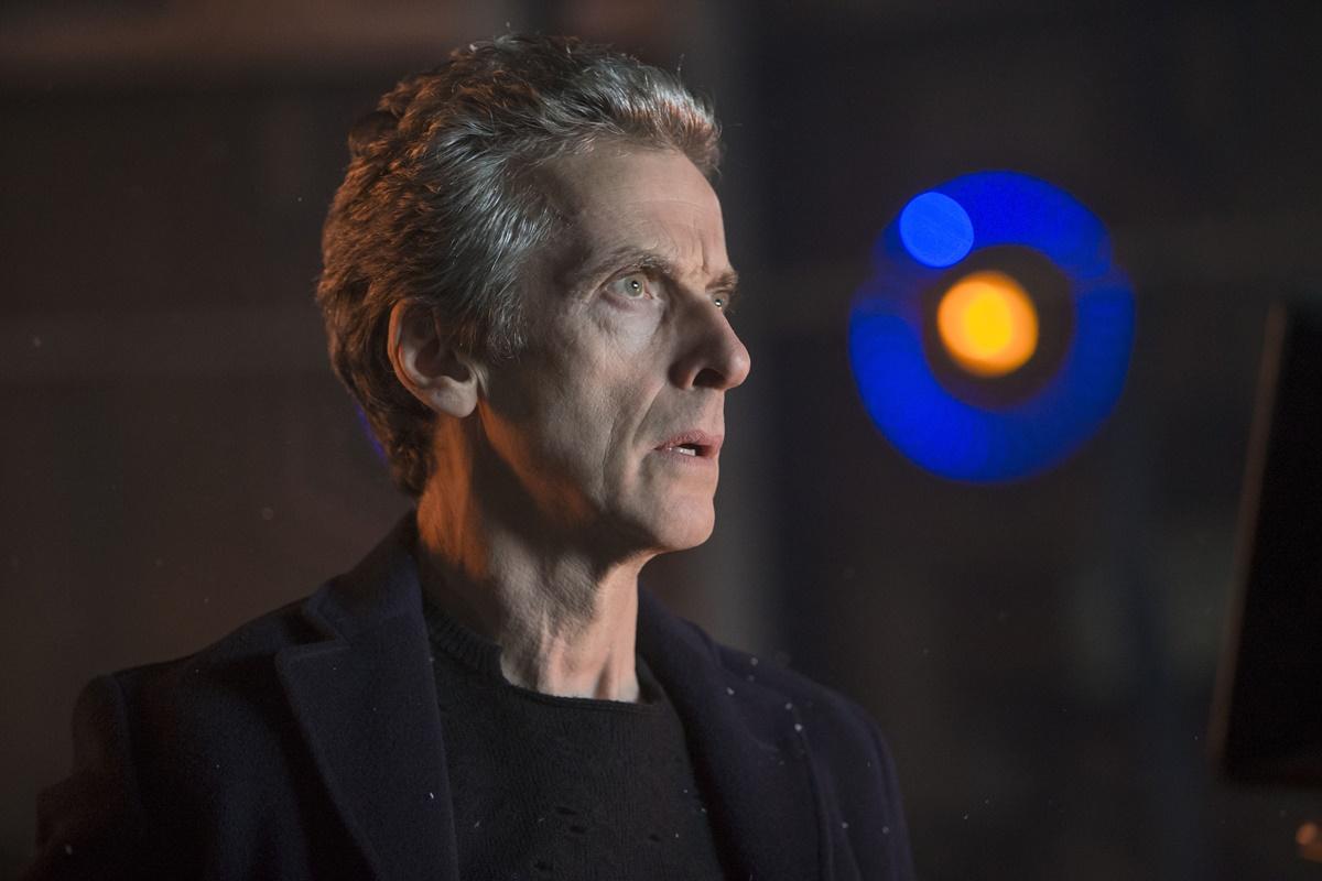 Doctor Who: Peter Capaldi interpreta il Dottore in Last Christmas