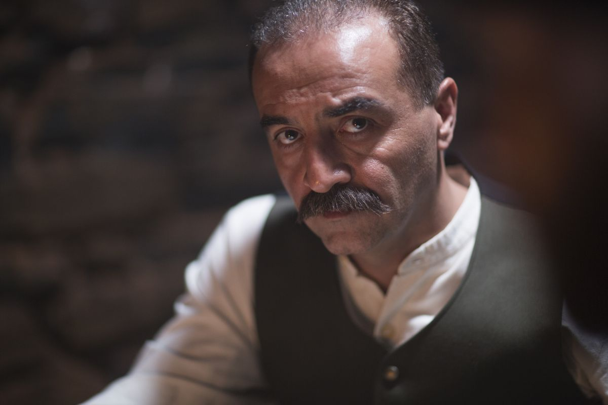 The Water Diviner: Yilmaz Erdogan in una scena del film