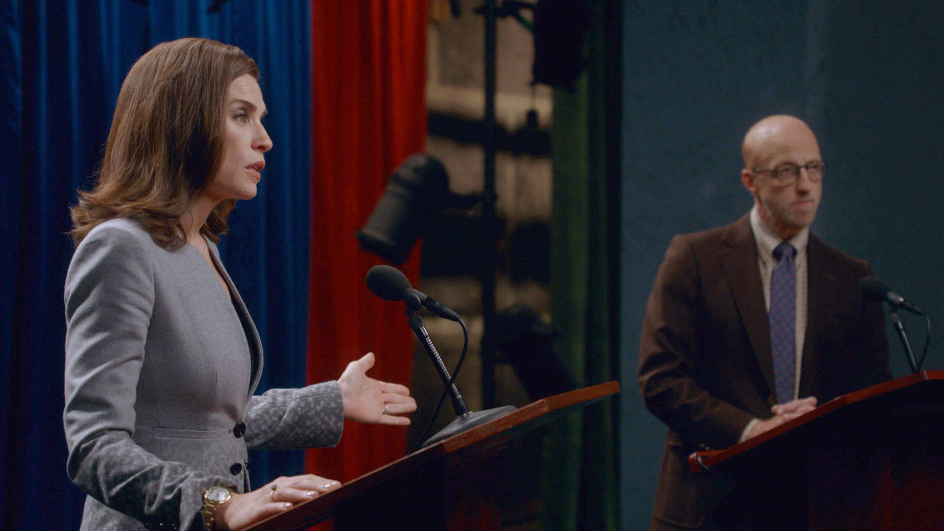 The Good Wife: l'attrice Julianna Margulies in una scena dell'episodio Hail Mary