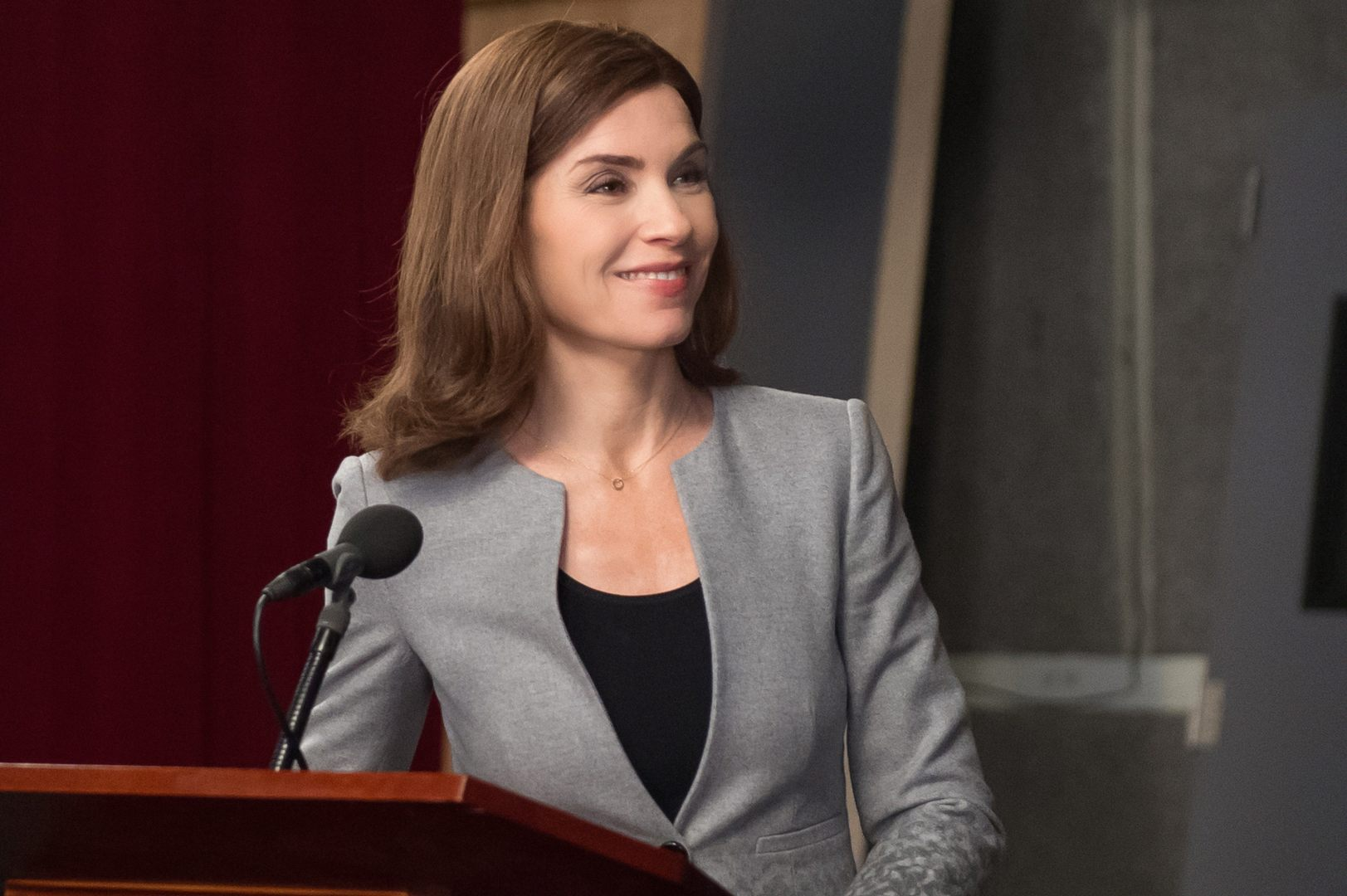 The Good Wife: l'attrice Julianna Margulies interpreta Alicia in Hail Mary