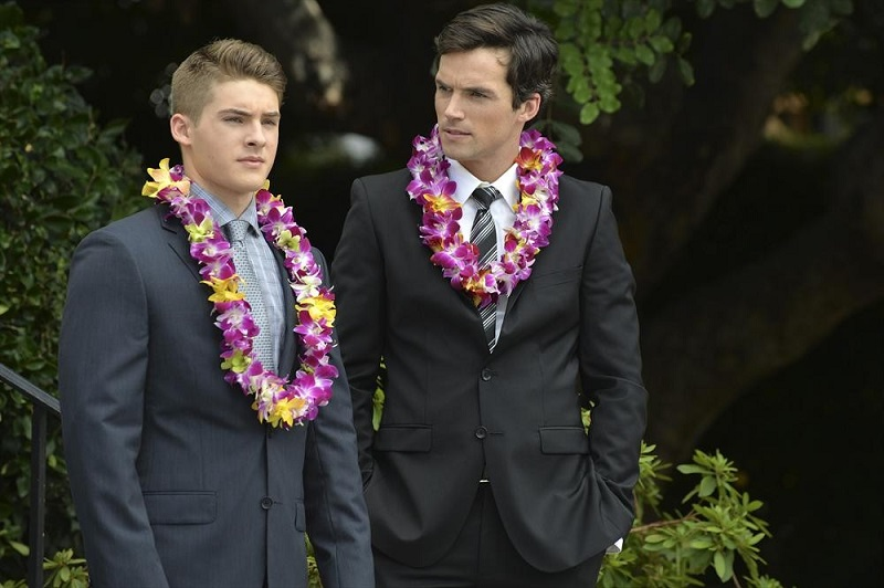 Pretty Little Liars: gli attori Cody Christian e Ian Harding in Through a Glass, Darkly
