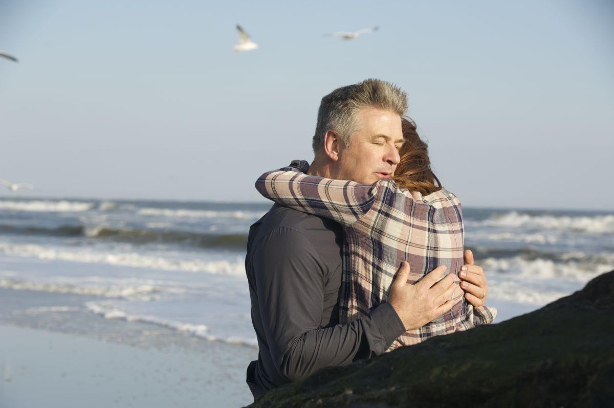 Still Alice: Julianne Moore e Alec Baldwin in una scena del film