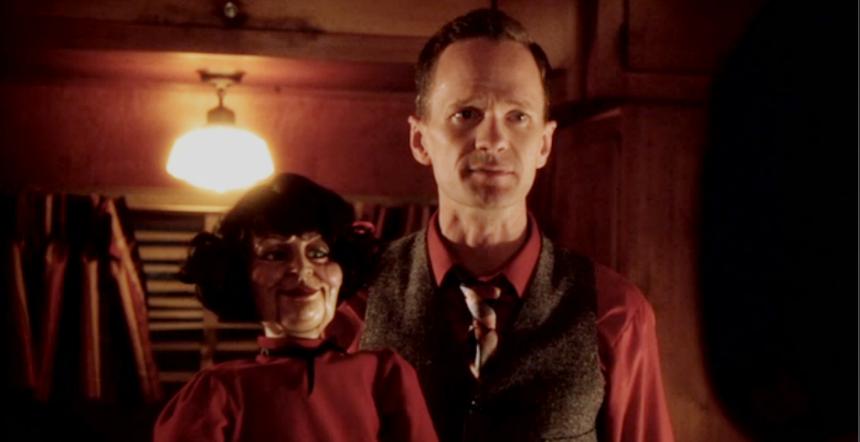 American Horror Story Freak Show: Neil Patrick Harris è Chester nella puntata intitolata Magical Thinking