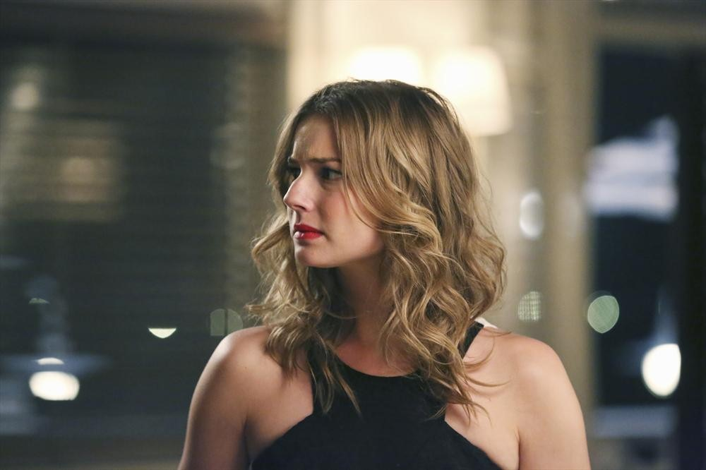 Revenge: l'attrice Emily VanCamp in Madness