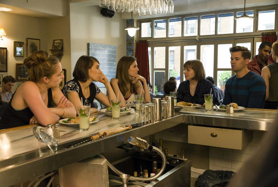 Girls: Jemima Kirke, Zosia Mamet, Allison Williams, Lena Dunham, e Andrew Rannells in Iowa