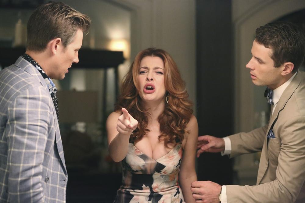 Revenge: Gabriel Mann, Elena Satine e Sebastian Pigott in Madness