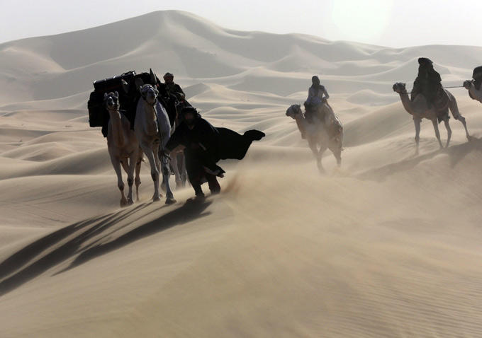 Queen of the Desert: una sequenza nel ben mezzo del deserto