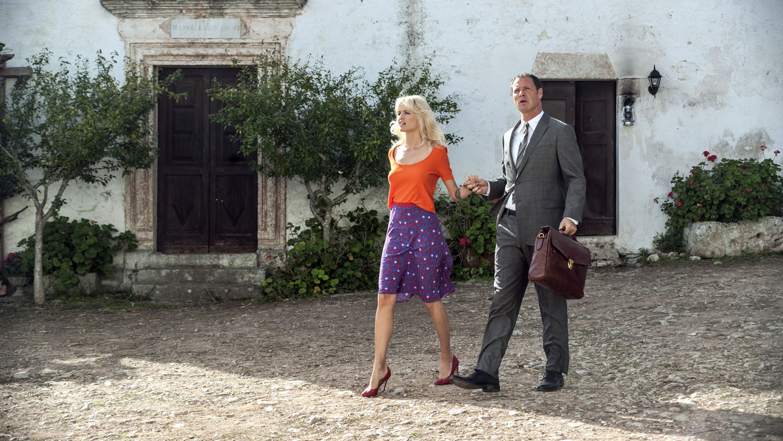 Sei mai stata sulla luna?: Liz Solari con Pietro Sermonti in una scena del film
