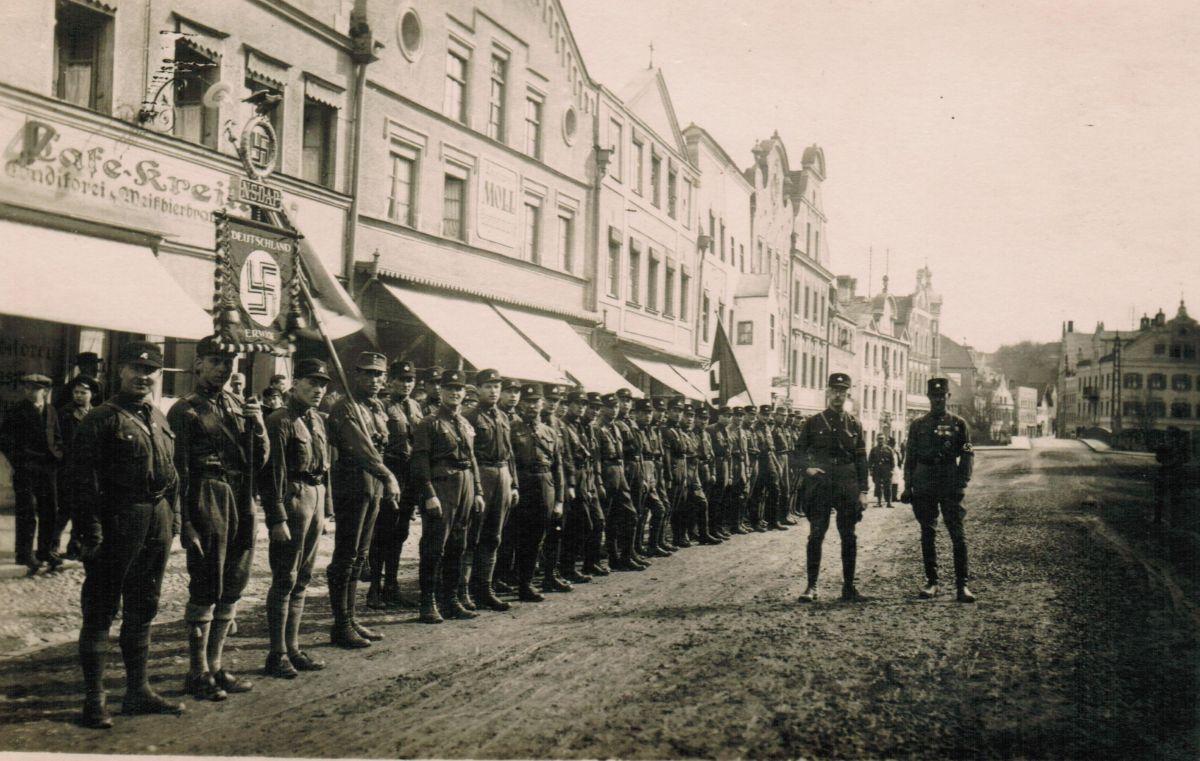 L'uomo per bene - Le lettere segrete di Heinrich Himmler: una scena del documentario sul leader delle SS