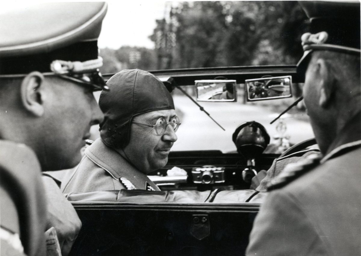 L'uomo per bene - Le lettere segrete di Heinrich Himmler: una scena