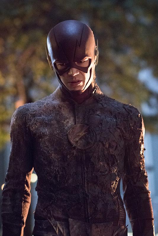 The Flash: Grant Gustin interpreta Barry Allen in Revenge of the Rogues