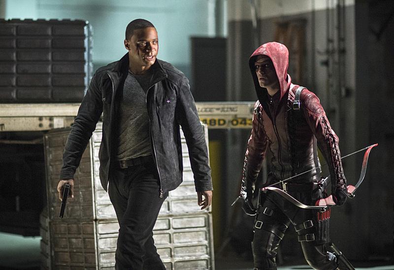 Arrow: David Ramsey e Colton Haynes in Left Behind