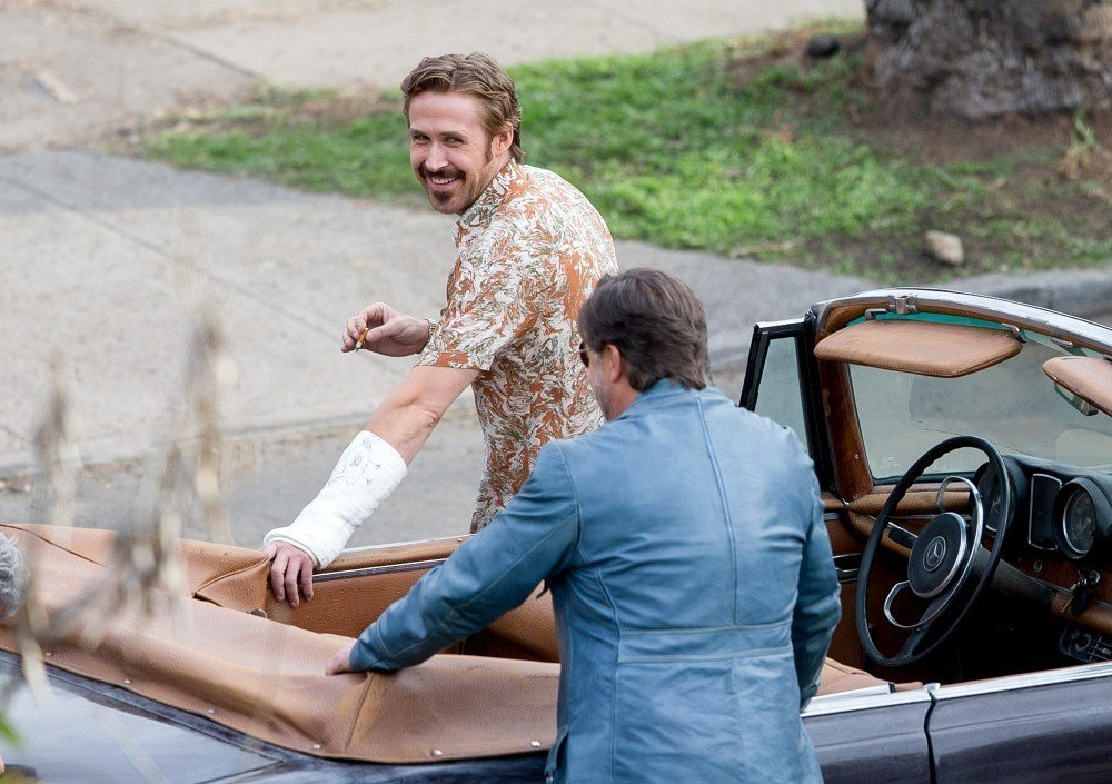 The Nice Guys - Ryan Gosling e Russell Crowe scherzano sul set