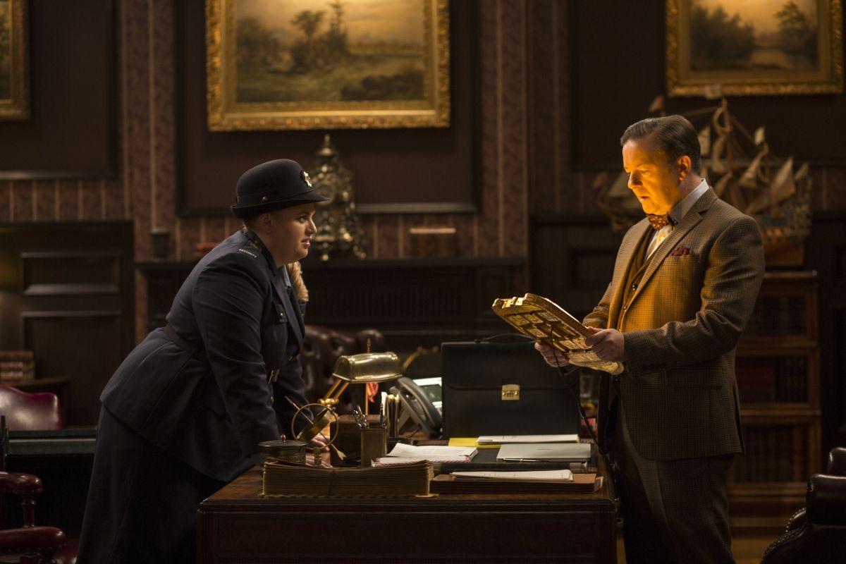 Notte al museo - Il segreto del faraone: Rebel Wilson in una scena del film con Ricky Gervais