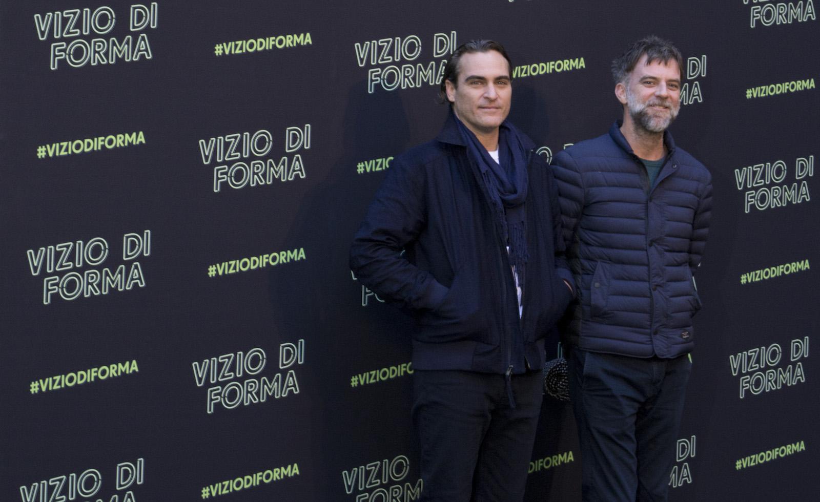 Vizio di forma: Joaquin Phoenix e Paul Thomas Anderson posano al photocall romano
