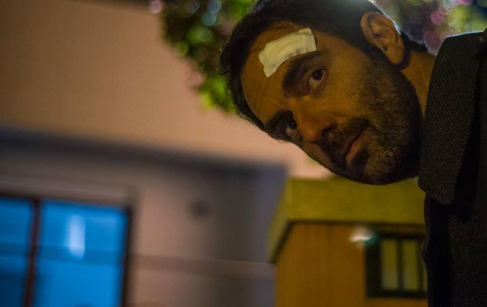 Leoni: Neri Marcorè nei panni di Gualtiero Cecchin in una buffa scena del film