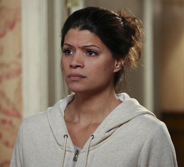 Jane the Virgin: l'attrice Andrea Navedo nella puntata Chapter 11