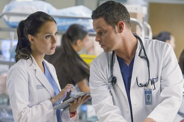 Grey's Anatomy: Camilla Luddington e Justin Chambers in una scena della puntata intitolata Where Do We Go From Here?
