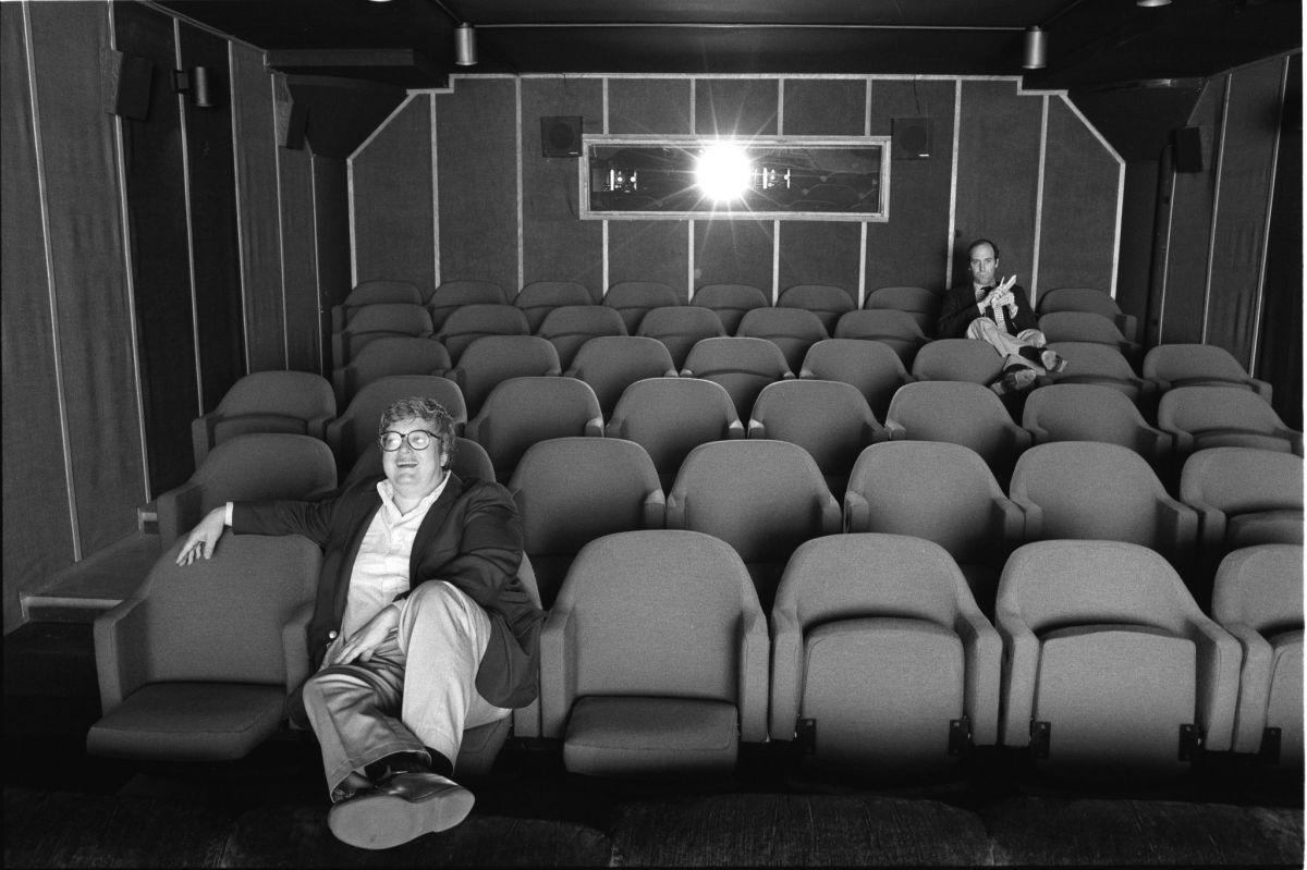 Life Itself: il critico cinematografico Roger Ebert con l'amico e collega Gene Siskel in una scena del documentario