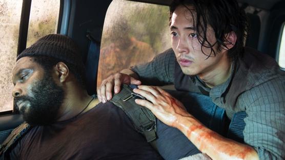 The Walking Dead: Glen COleman e Steven Yeun nell'episodio Non è finita