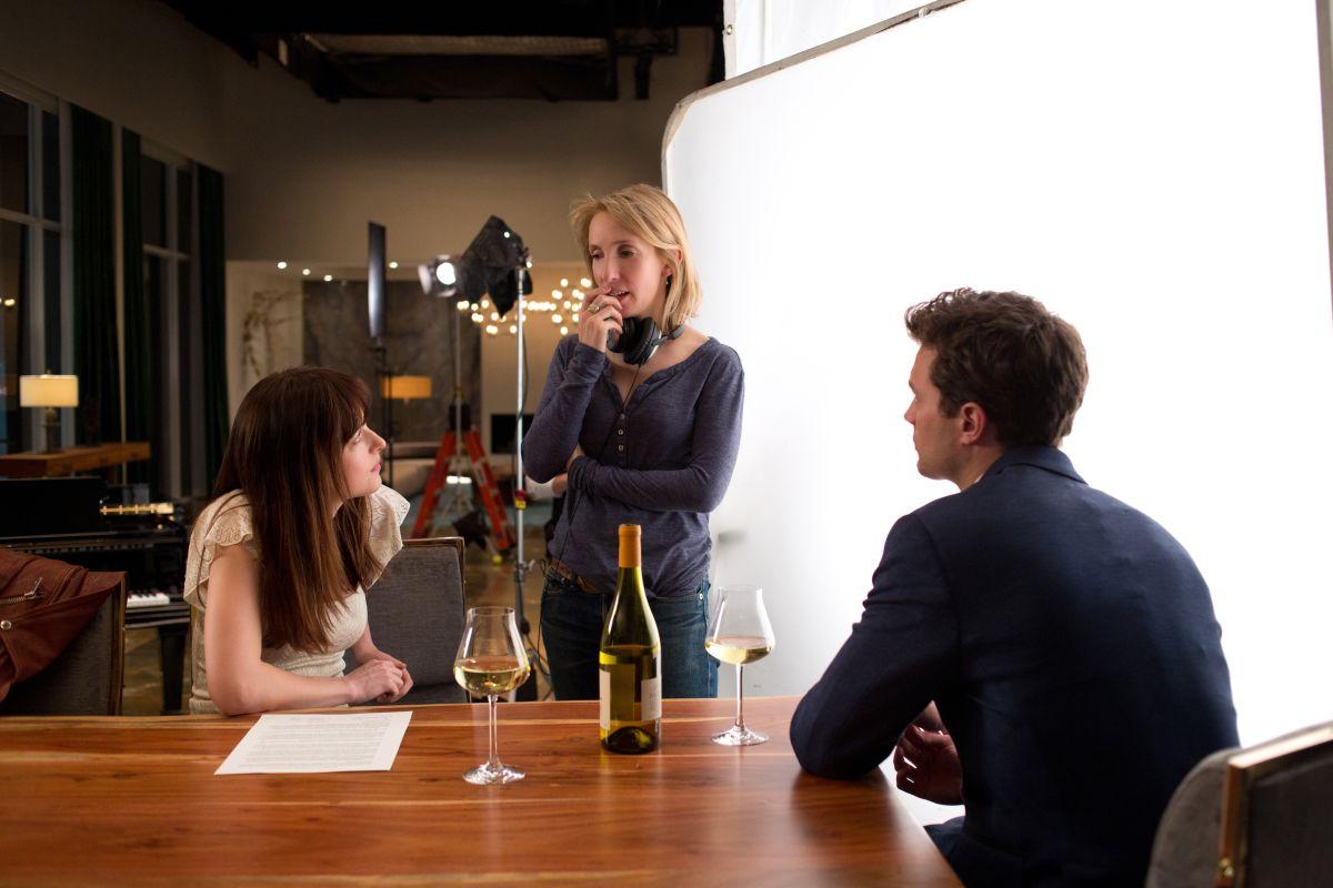 Cinquanta sfumature di grigio: Jamie Dornan e Dakota Johnson sul set con la regista Sam Taylor-Wood